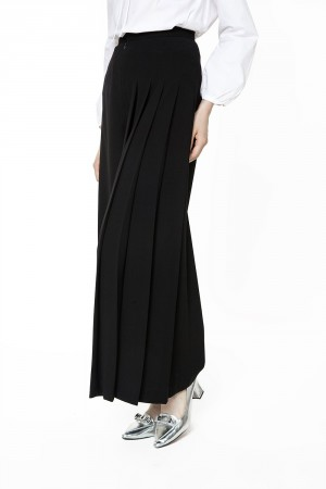 Pleated Cullote Pants in black 8b24a28a2